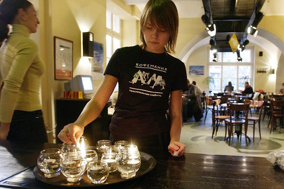 И только в кафе на Большой Никитской официантка призналась: да, тут и было великое побоище. Фото ТАСС/ Григорий Сысоев