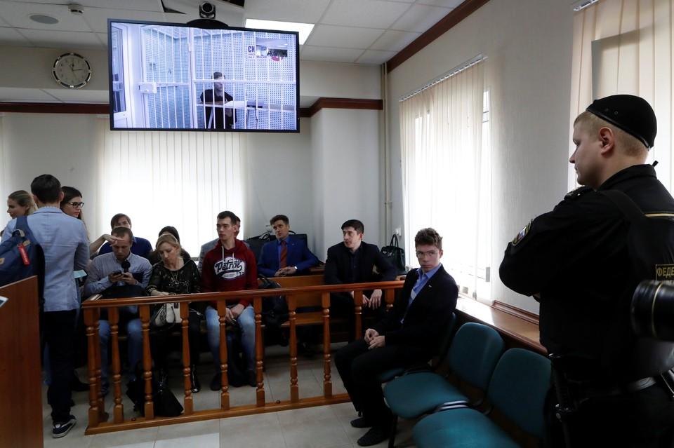 Суд оставил братьев Кокориных и Мамаева под стражей на два месяца