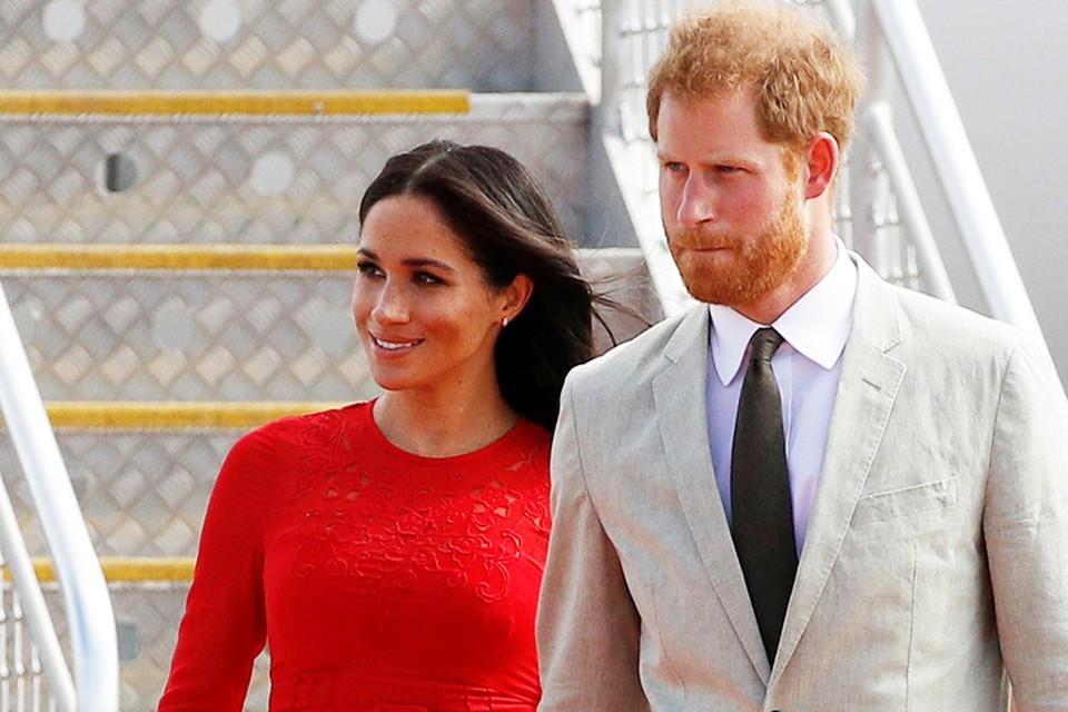 Принц Гарри и Меган Маркл путешествуют с официальным визитом по Австралии и островам Океании.