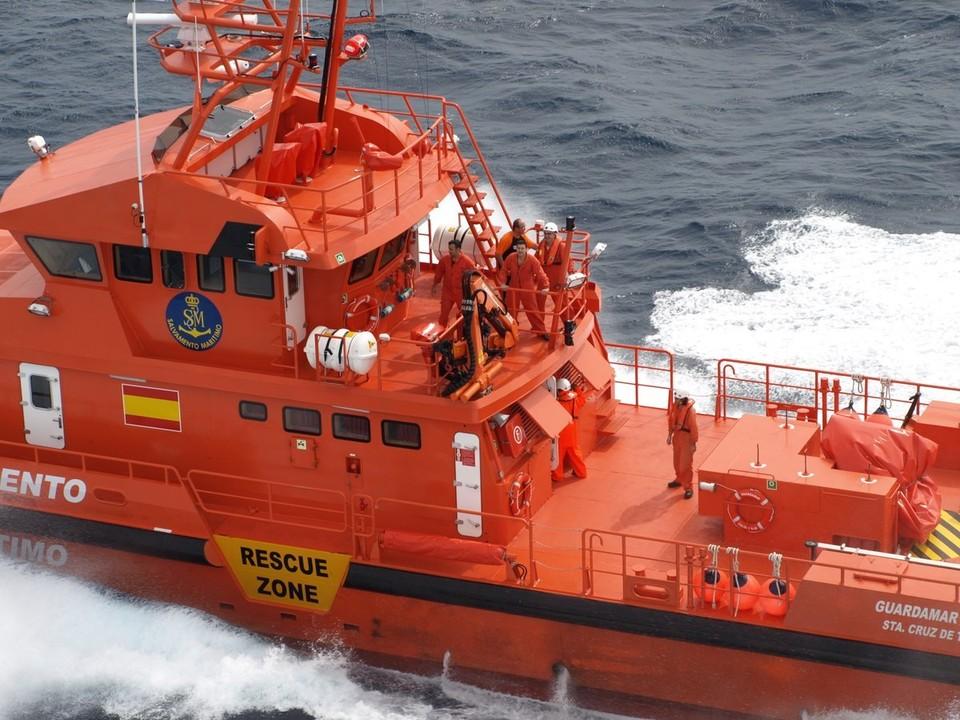 Катер Службы спасения и безопасности на море Испании
