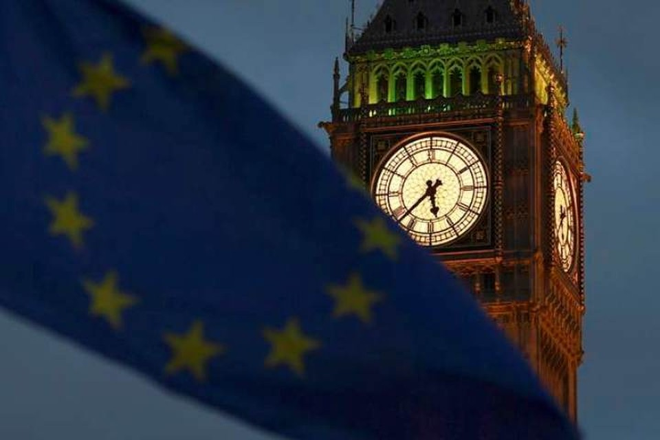 Британский кабмин одобрил соглашение с ЕС о Brexit