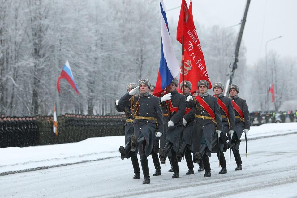 К 75-летию полного освобождения Ленинграда от блокады в городе готовят парад на Дворцовой площади.