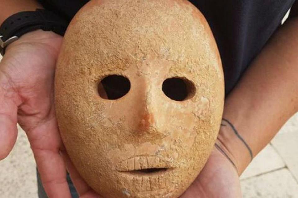 В Израиле нашли древнюю ритуальную маску
