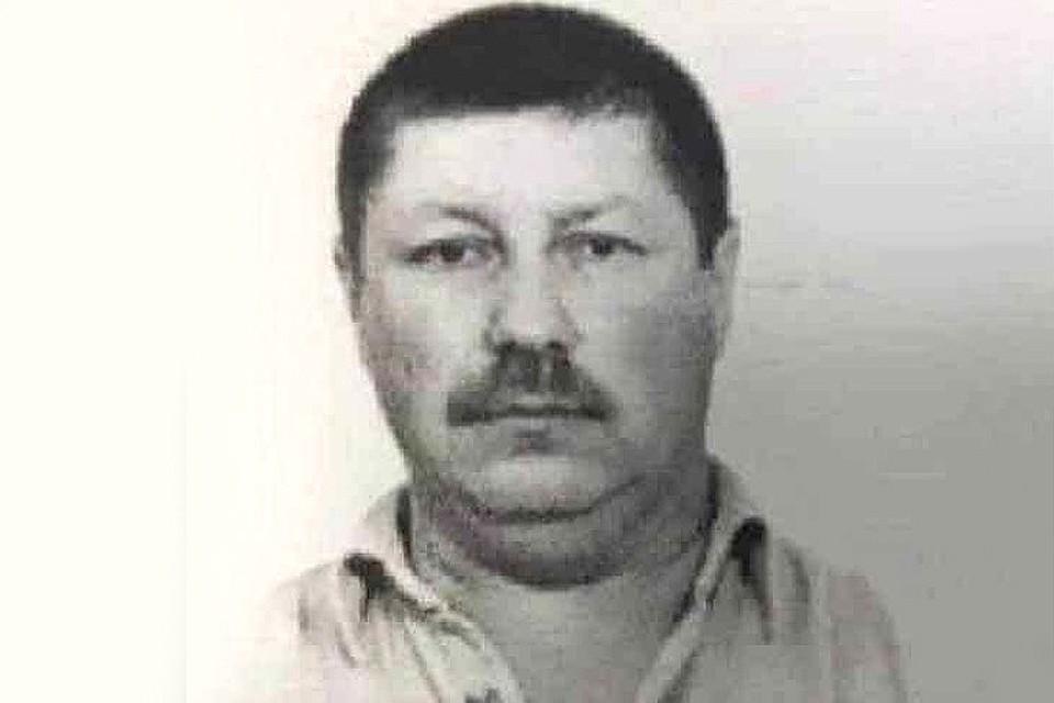 Причиной для побега охранника Петрова с автоматом, по его словам, стали долги.