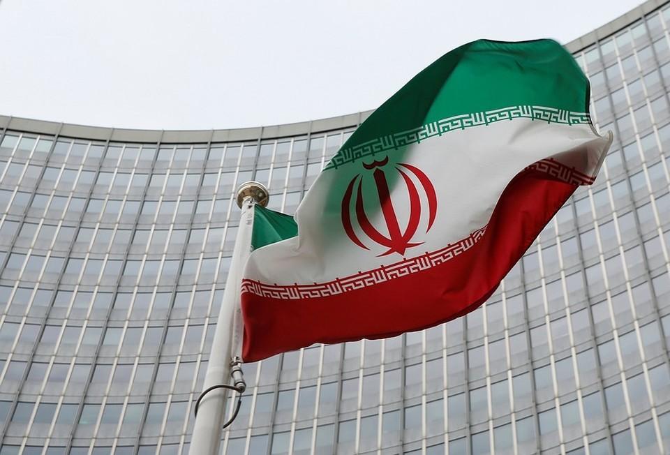 Иран подтвердил испытания баллистической ракеты