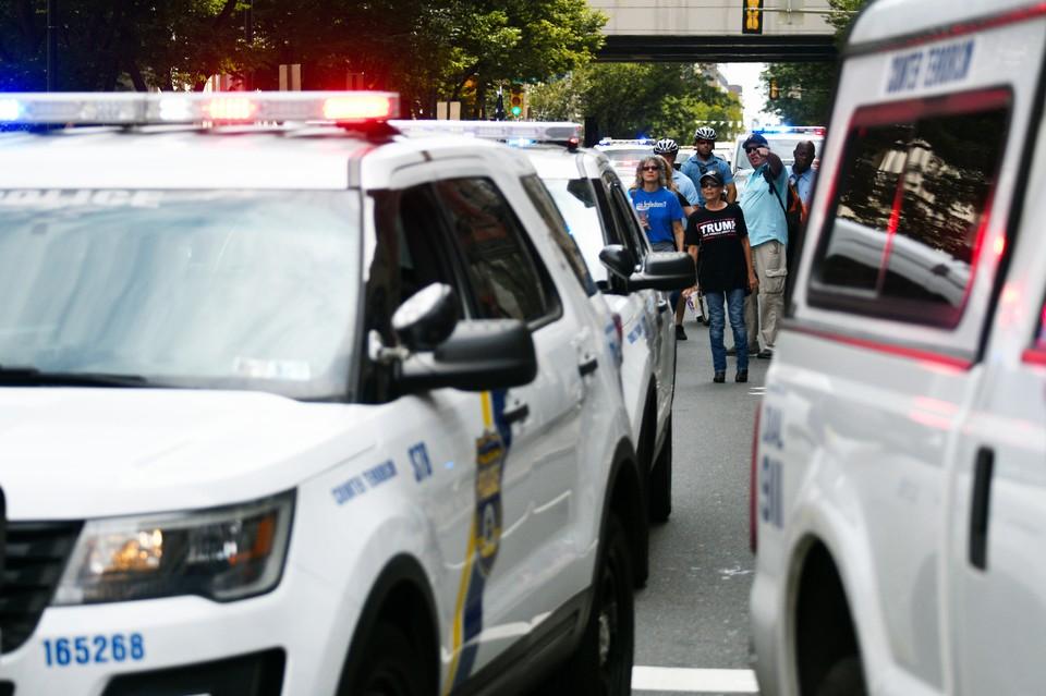 В США эвакуировали штаб Демпартии