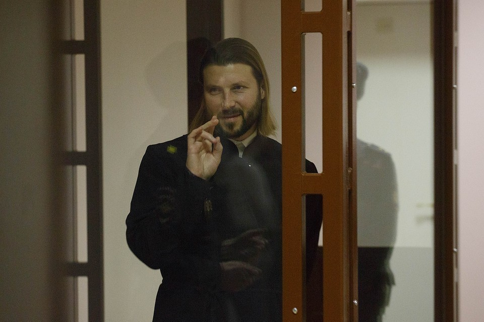 Глеба Грозовского осенью 2013 года обвинили в педофилии