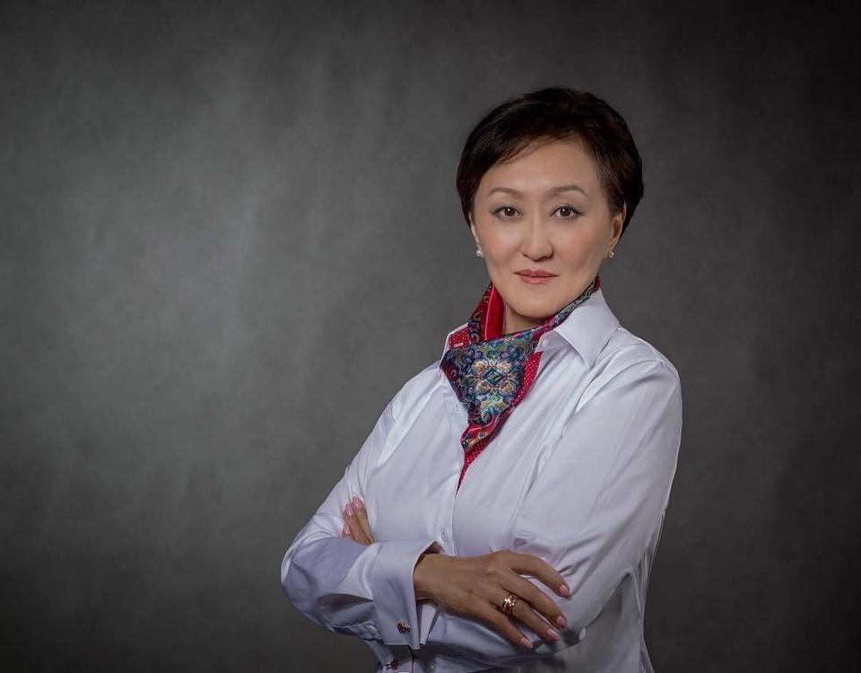 Сардана Авксентьева - первая женщина-мэр Якутска.