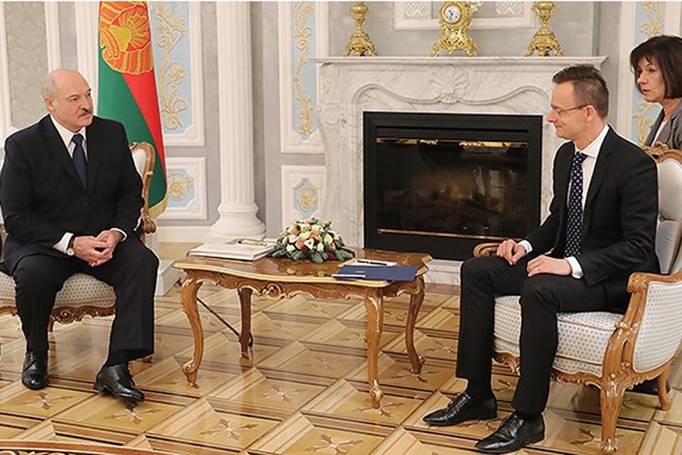 Президент встретился с венгерским министром. Фото: president.gov.by