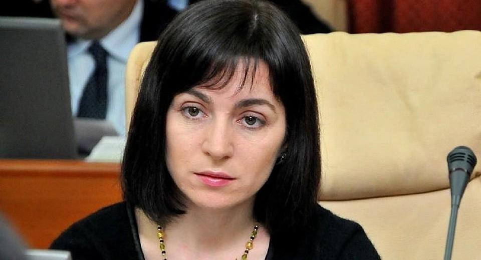Майя Санду считает, что Антонеску заслуживает уважения.