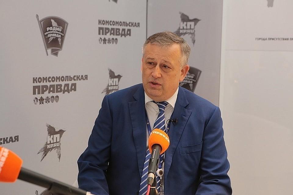 Александр Дрозденко в тренде последнего послания президента с удовольствием отчитывается о сверхинвестициях в экономику Ленинградской области