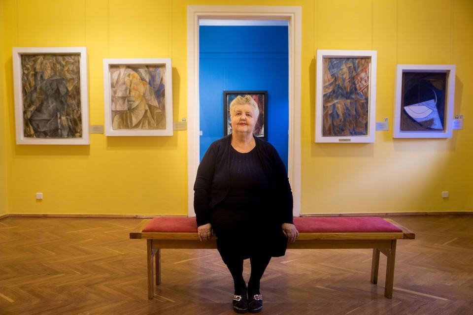 Людмила Дмитриевна из художественного музея работала инженером-проектировщиком