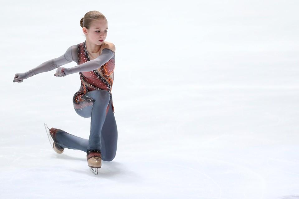 Александра Трусова во второй раз в карьере выиграла юниорский чемпионат мира по фигурному катанию.