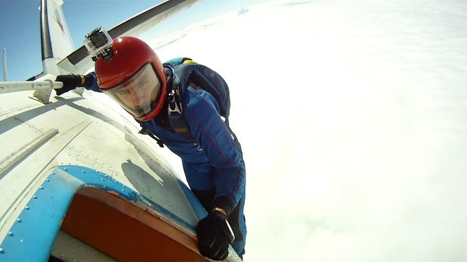 Сергей жил только небом и прыжками с парашютом. Фото: личная страница Сергея Вяликова