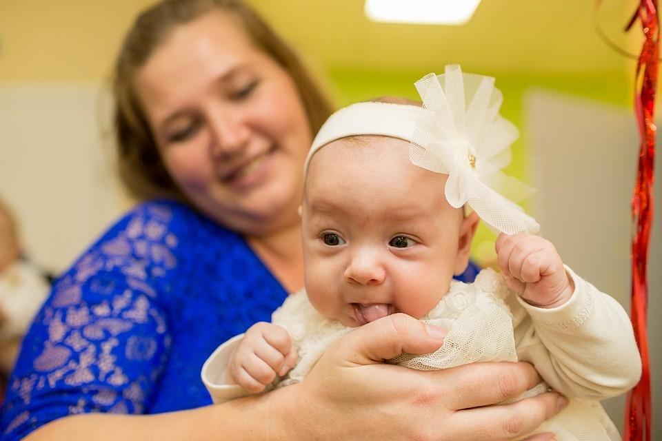 При рождении второго ребенка семье полагается больше 450 тысяч