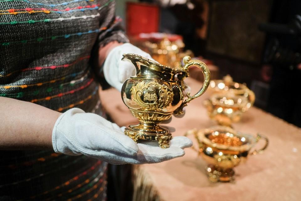 Клад Нарышкиных, стоимостью 190 млн рублей, передали в Царское село