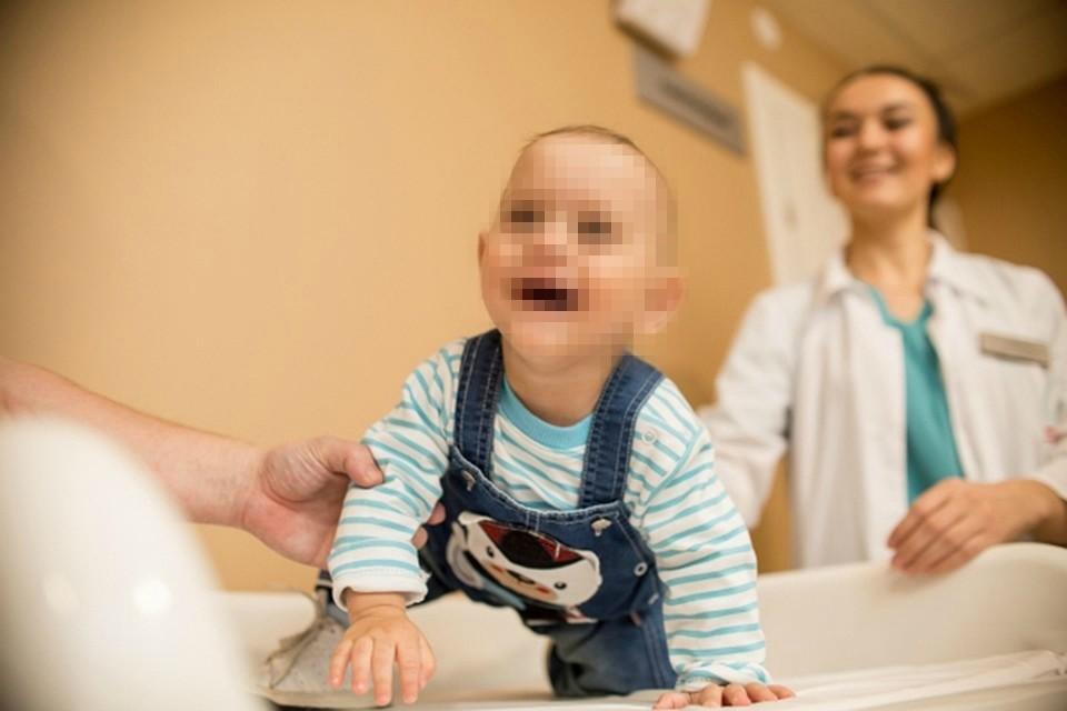 Врачи осмотрели маленьких пациентов из Тверской области