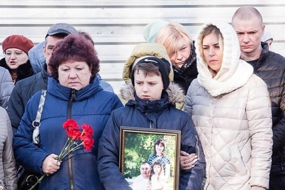 11-летний Сережа был самым тяжелым пациентом после пожара - мальчик выпрыгнул с четвертого этажа горящего торгового центра