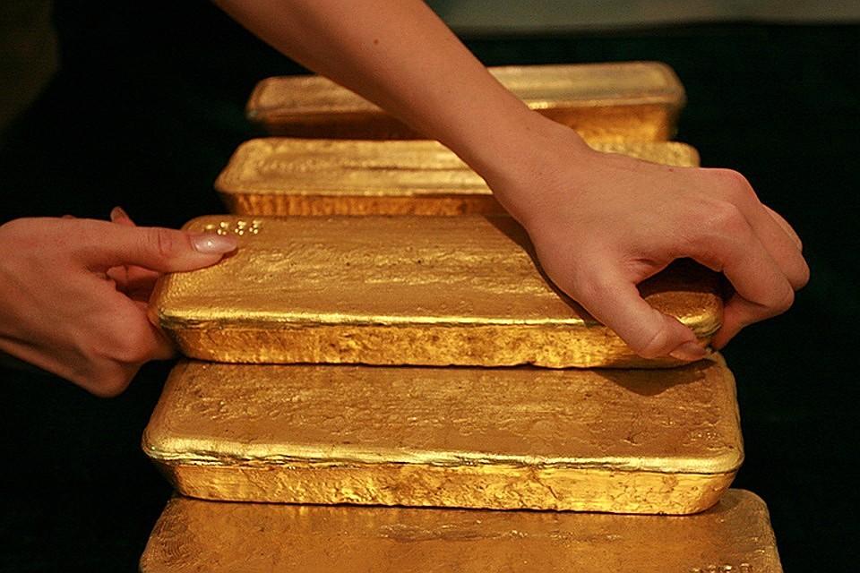 Российские золотовалютные резервы превысили внешний долг впервые за всю историю страны