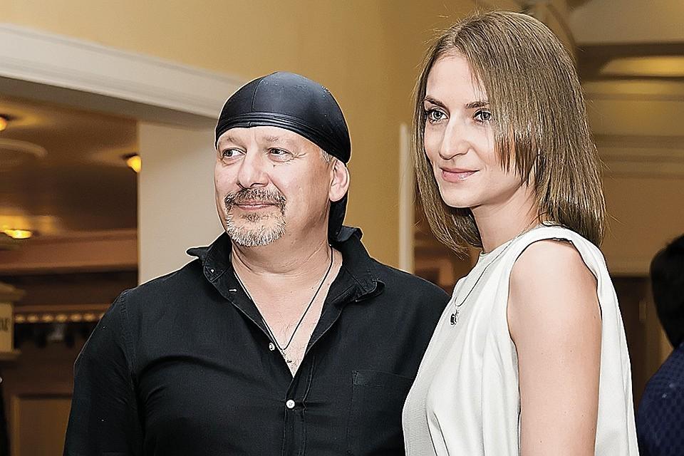 Дмитрий Марьянов с супругой Ксенией. Фото: Светлана БОБРОВА/TASS