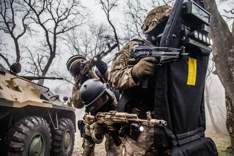 В Чечне задержали бандгруппу боевиков, присягнувших на верность ИГ*