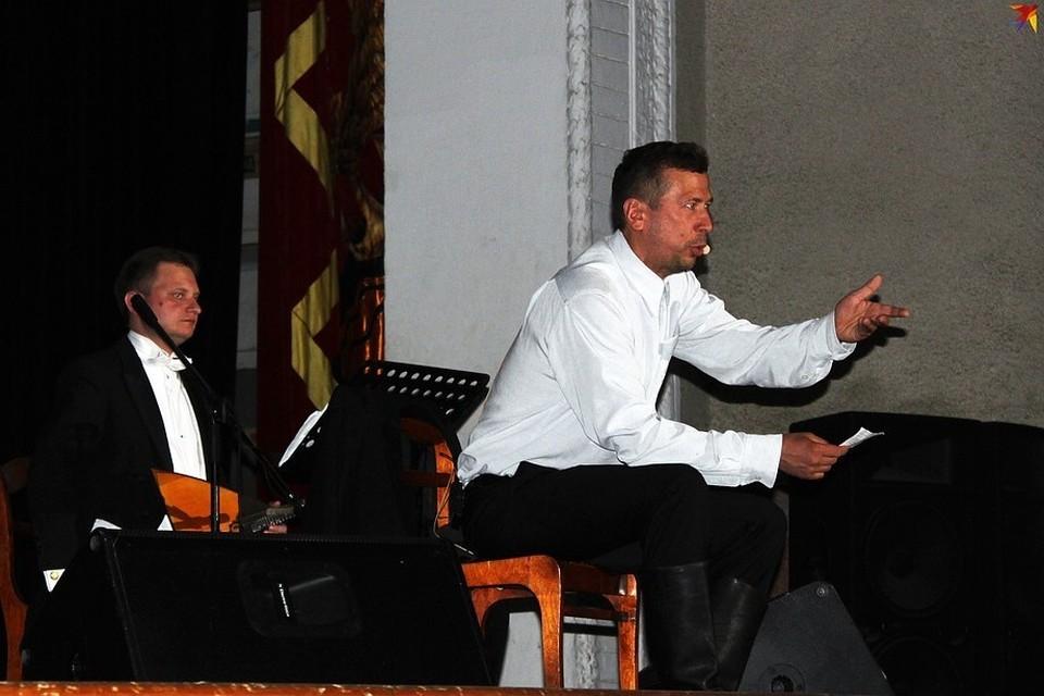Мерзликин со сцены читал письма Шукшина
