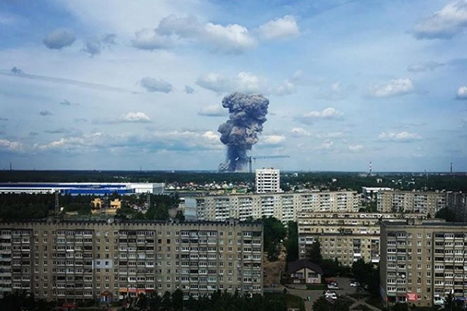 В Дзержинске объявили режим ЧС после взрывов на заводе. Фото: соцсети
