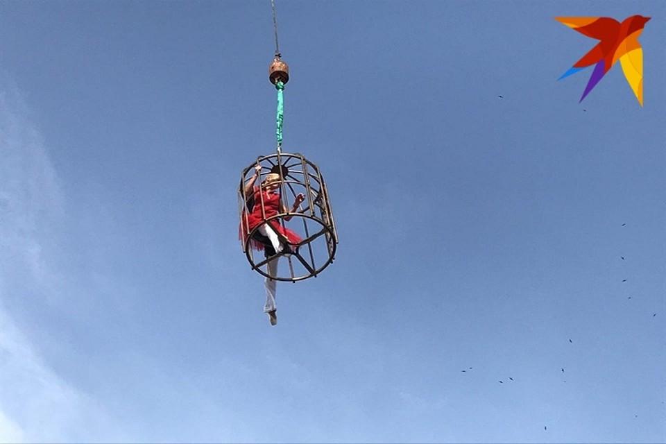 Похоже, Россия увидит первый шпага на высоте 30 метров от Волочковой