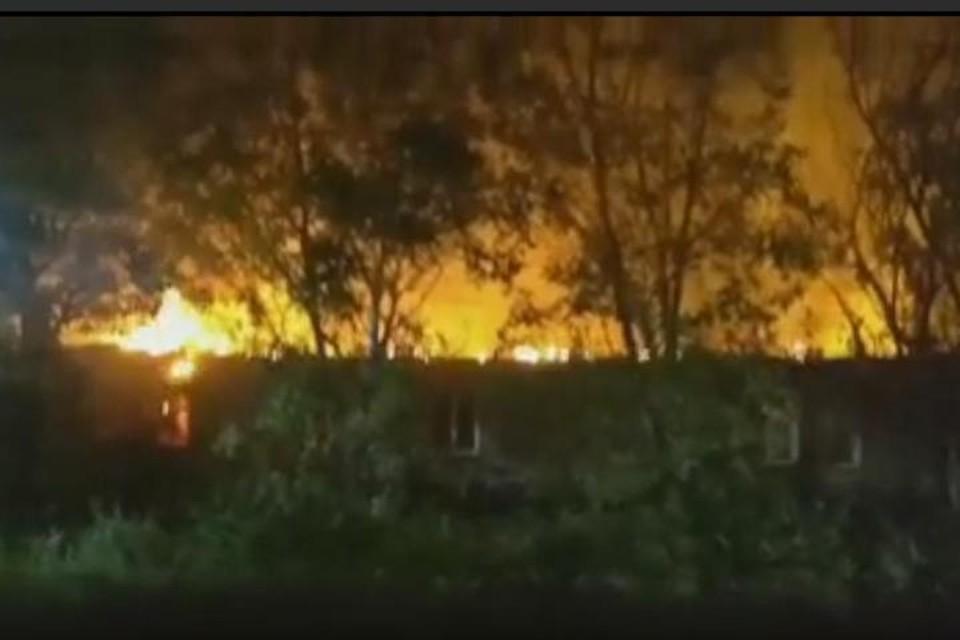 В Одессе горит психиатрическая больница на улице Воробьева