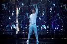 «Нет любви, лишь одна тоска»: Лазарев показал русскую версию «евровизионной» песни на Красной Площади
