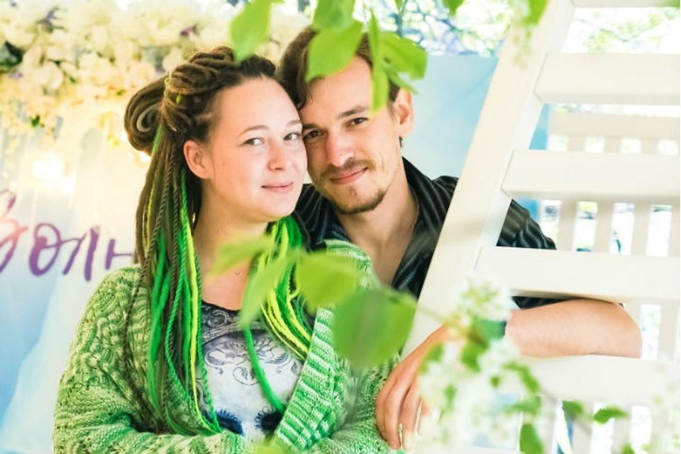 Сибирячка согласилась выйти замуж за байкера, который спас ей жизнь в ДТП. Фото: из архива героев публикации.