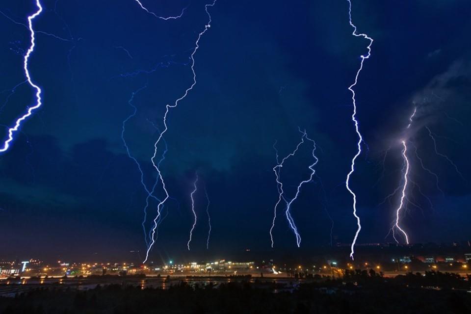 МЧС предупреждает: 24 и 25 июня в Иркутской области ожидаются ливни, грозы и град.