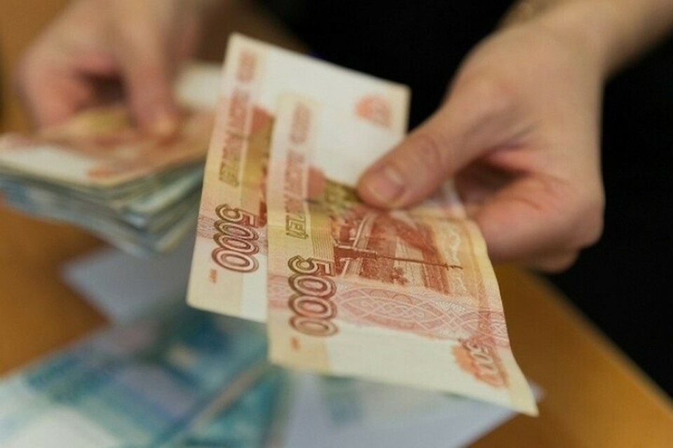 В Новороссийске сотрудника таможни подозревают в получении взятки