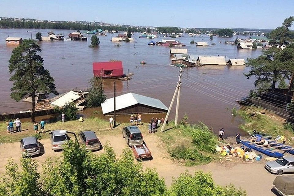 Наводнение в Иркутской области: количество погибших возросло до 14 человек. Фото: Николай Текалов.