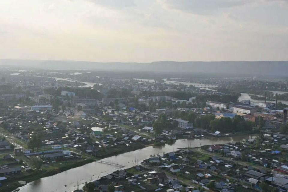Мутко потребовал уволить мэра Нижнеудинского района, спасавшего свой пострадавший от паводка дом вместо чужих