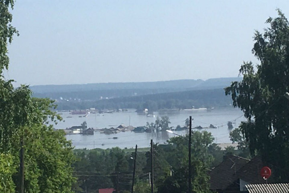 Последствия наводнения: Тулун и Нижнеудинск продолжают очищать от завалов.