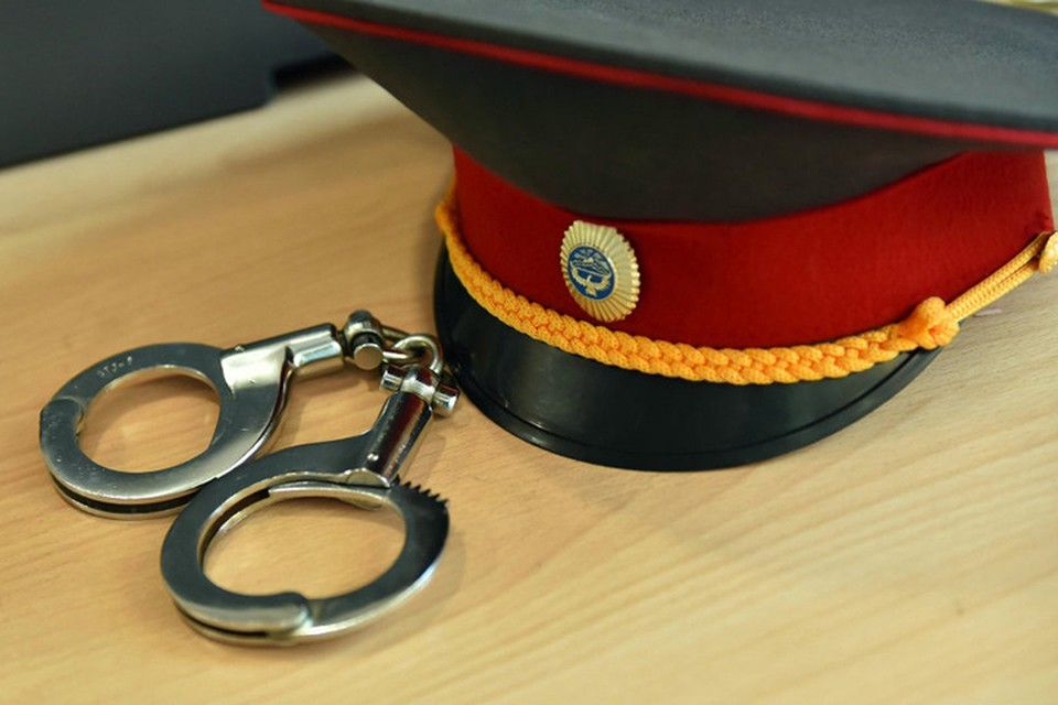 На Браславщине поймали лжемилиционера – он пил вино на улице. Фото носит иллюстративный характер.