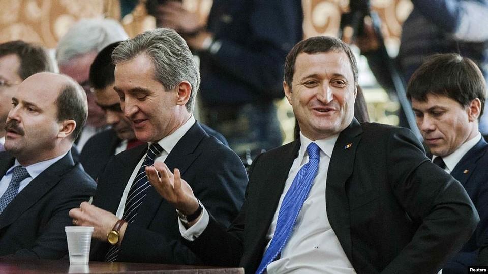 «Хьюстон, у нас проблемы - срочно звоните Джику»: Почему экс-премьеры Молдовы Лянкэ и Филат лгут о миллионных тратах своих сыновей в Англии