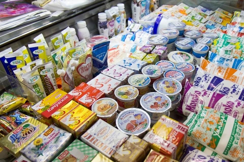 С 1 июля все продукты с содержанием растительных жиров должны размещаться отдельно от 100-процентной «молочки»