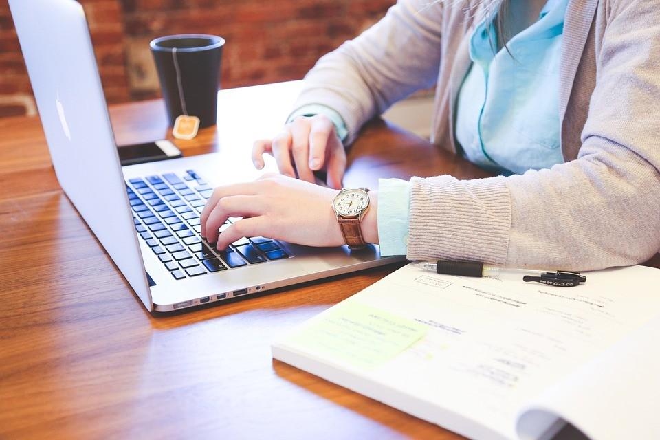 За полгода 2019-го уволили почти на 8 тысяч больше человек, чем приняли на работу. Фото: pixabay.com