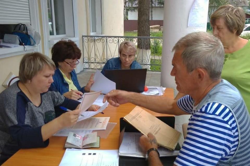 Пострадавшие от наводнения в Тулуне не спешат за сертификатами на новое жилье. Фото: Пресс-служба правительства Иркутской области.