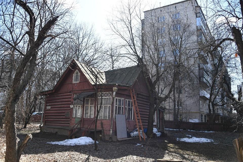 В Кировской области осталось не отремонтировано более 600 домов, запланированных на этот год