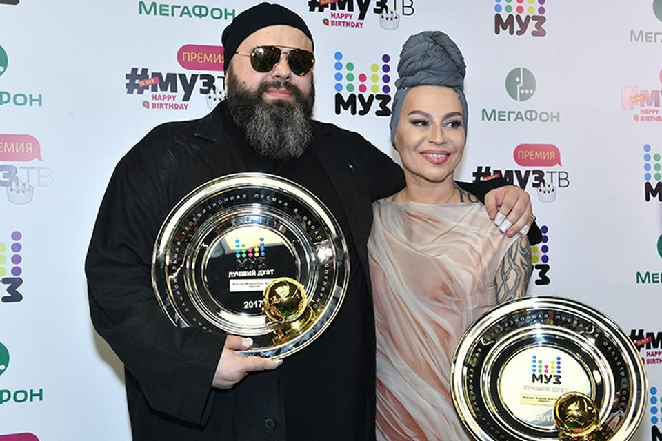 Рокерша заявила, что продюсерский центр «MALFA», принадлежащий Максиму Фадееву, отменяет ее концерты