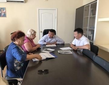 «Бремя содержания и ремонта многоквартирного дома несёт собственник»: специалисты минЖКХ ответили на вопросы якутян