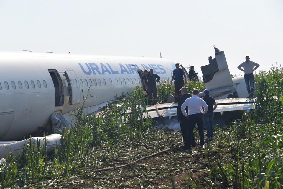 По словам эксперта, тот факт, что обошлось без пожара, также говорит о том, что экипаж действовал по инструкции.