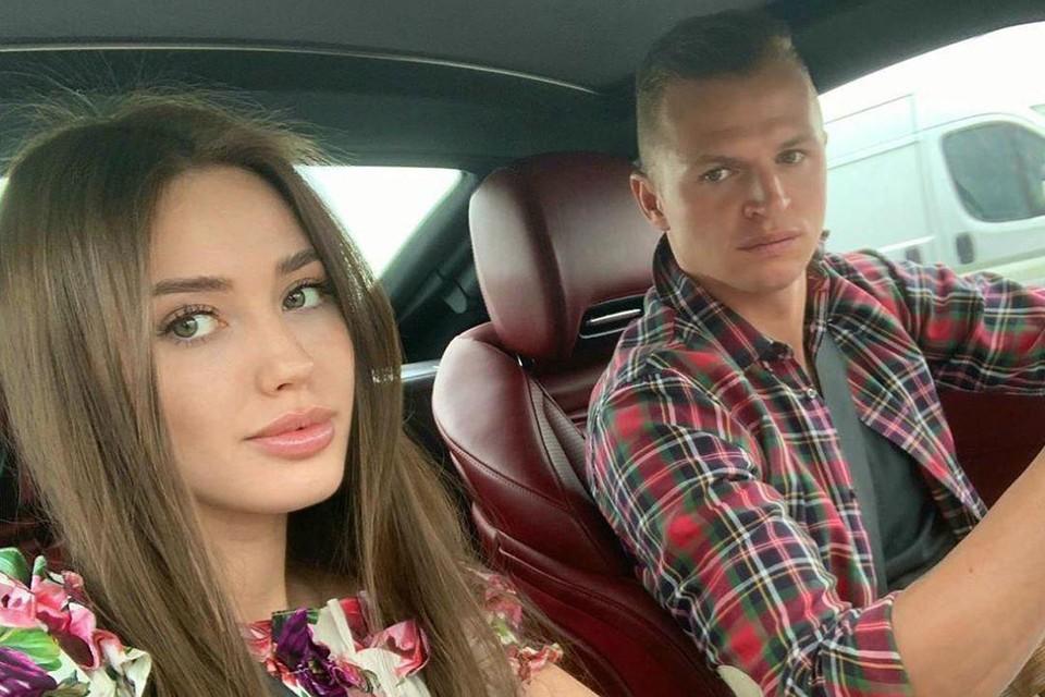 """32-летний Дмитрий Тарасов признался, что дома у него есть своя """"красная комната"""""""