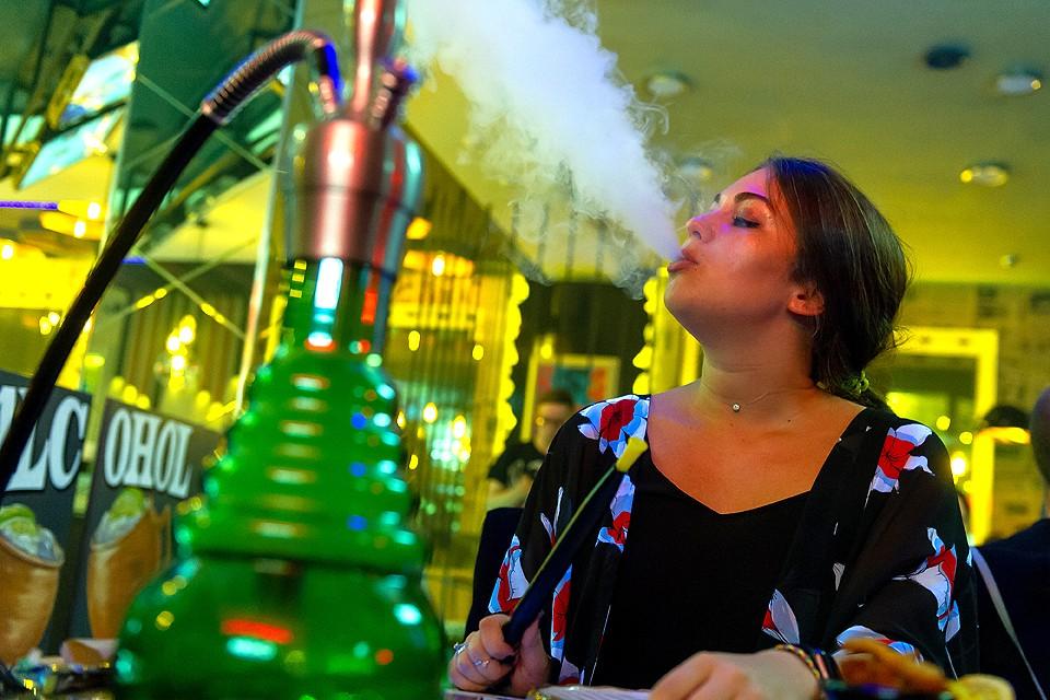 Исследования говорят, что дым кальяна содержит около 27 различных канцерогенов включая мышьяк, кобальт, хром и свинец.
