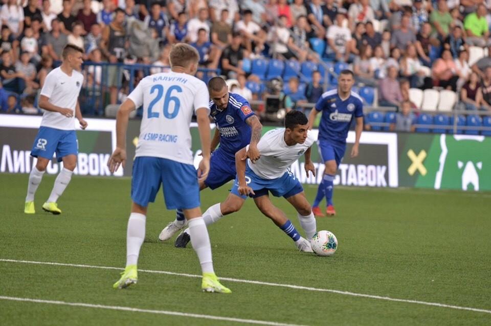 В этом сезоне обе команды пока не выигрывали. Фото: ФК «Оренбург».