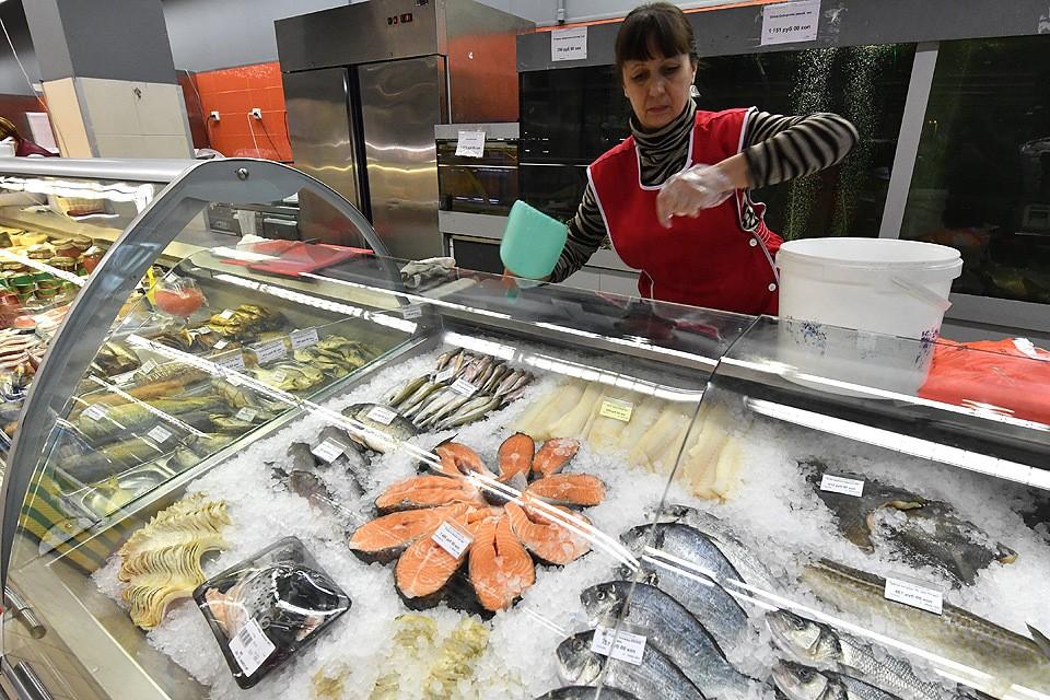 Россияне стали чаще употреблять в пищу рыбу, но прибавка незначительна и общий уровень не дотягивает до 2013-2014 годов.