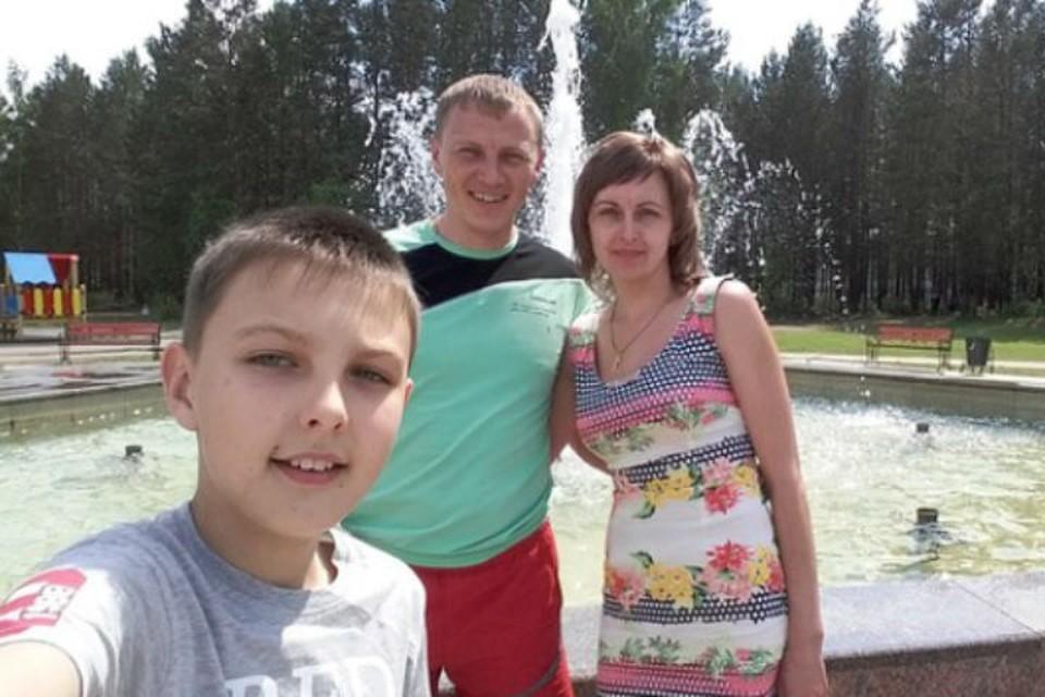 Константин Хохлов со своей семьей. Фото: личный архив Константина Хохлова.